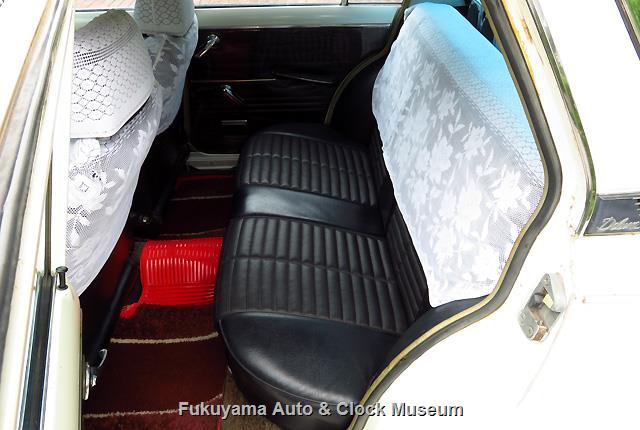 トヨペット RT40 コロナ セダン 1500 デラックスに取り付けのゴールデンシリーズ RT54 ハードトップ 1600S向け後席
