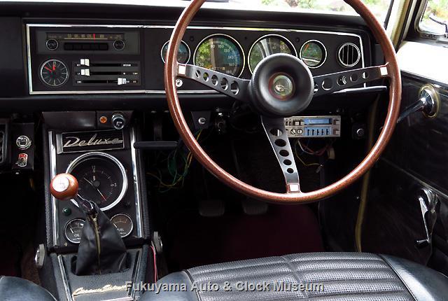 トヨペット RT40 コロナ セダン 1500 デラックスのステアリング・計器盤・コンソール・フロアシフトノブ