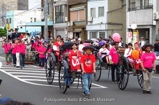 福山ばら祭 ローズパレード2019へ出場の人力車・馬車隊
