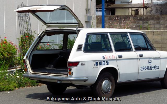 いすゞ K-PAD30V フローリアンバン ディーゼルのバックドア開