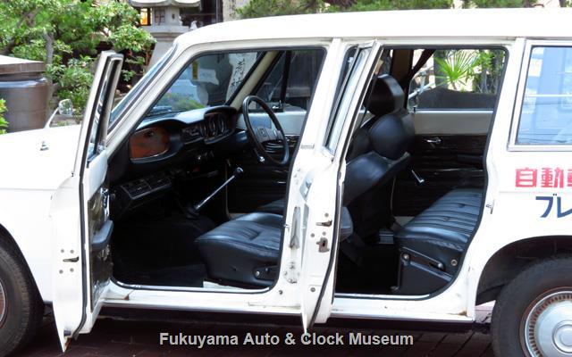 いすゞ K-PAD30V フローリアンバン ディーゼルの左側ドア開
