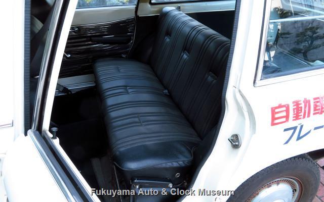 いすゞ K-PAD30V フローリアンバン ディーゼルの後席