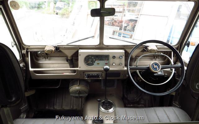 マツダX2000の車内前方