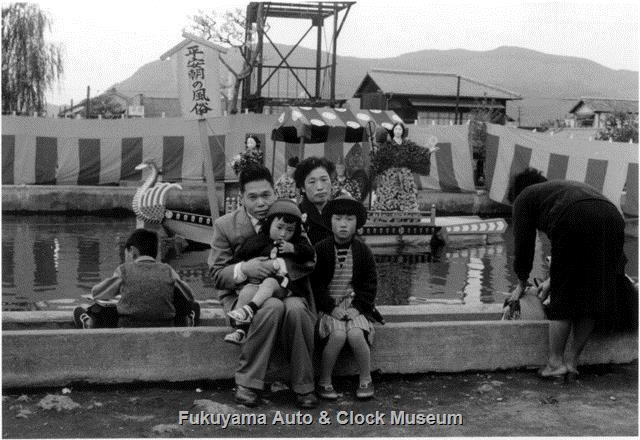 昭和33年10月-11月 福山市営第1回福山大菊人形 オープンセット「平安朝の風俗」