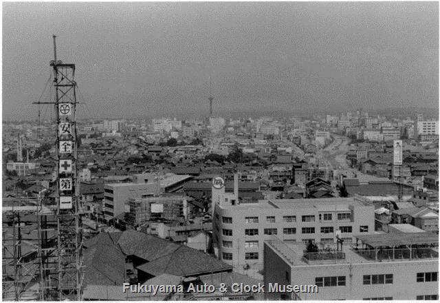 昭和33年8月 名鉄百貨店本店本館ビル屋上から東向きに名古屋テレビ塔方面俯瞰の景
