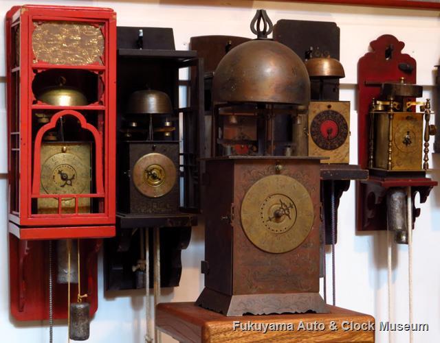 台時計[櫓時計]と掛時計