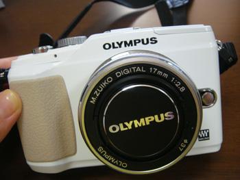 OLYMPUS(オリンパス)マイクロ一眼 PEN E-PL2