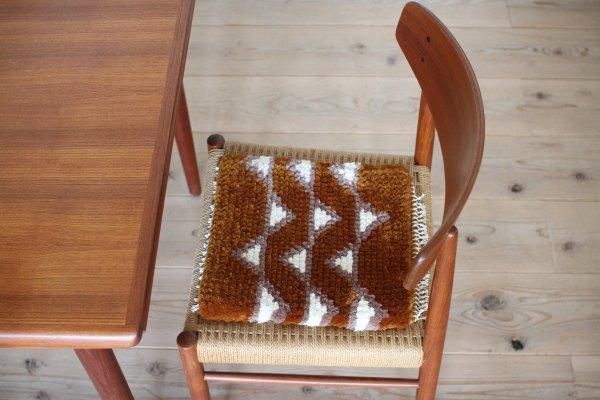 若松由香 「手織椅子敷」