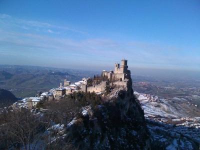 サンマリノ第一の城