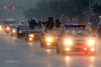 豪雨のパレード
