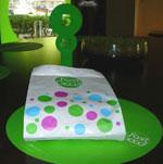 テイクアウト用の紙袋・グリーンの立て札5は注文時の番号札