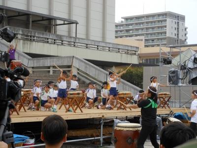 茨木高美幼稚園の和太鼓演技