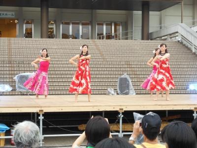 立命館大学生のフラダンス