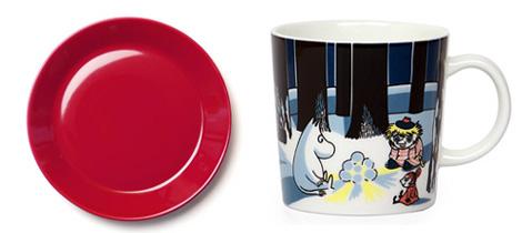 ムーミンマグカップ(アラビア)とイッタラの赤い食器