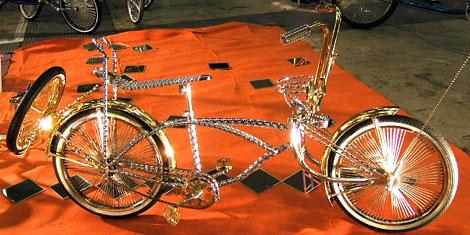 ゴールドにカスタムされた自転車・ローチャリ