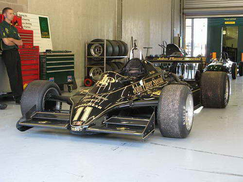 Lotus 91 2.jpg
