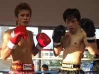 左=畠山(笹羅ジム)&右=ハンター御乃畄(HOSOKAWAジム)