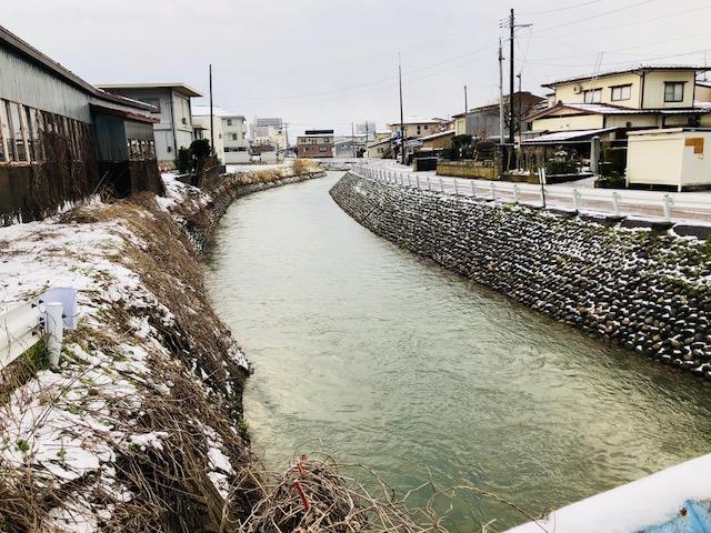 なごり雪の儀明川