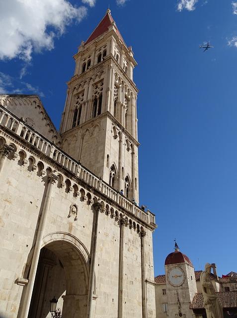 steeple-505752_640.jpg