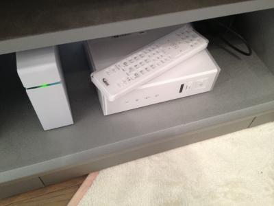 スマートテレビボックス 本体と外付けHDD