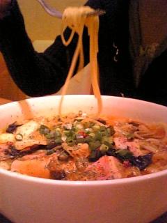 サンタマの韓国風チゲスープスパ