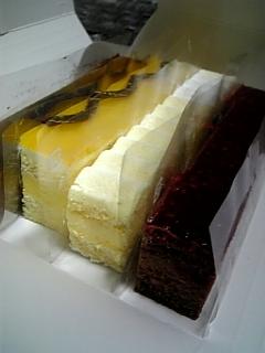 36STICKSのケーキ
