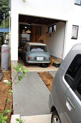 ガレージ入り口
