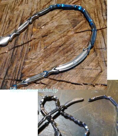 繋ぎが外れたネックレスの修理です。