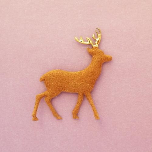 鹿のモチーフ