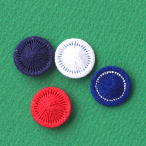 チェコの糸ボタン