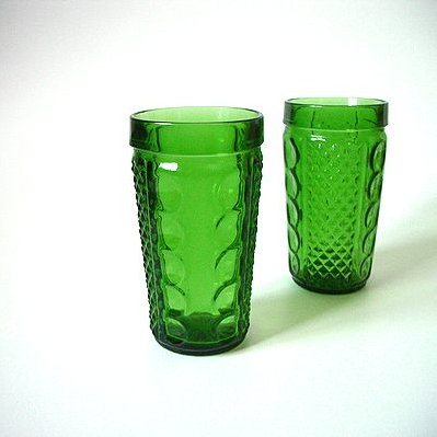 レトロな古いグラス