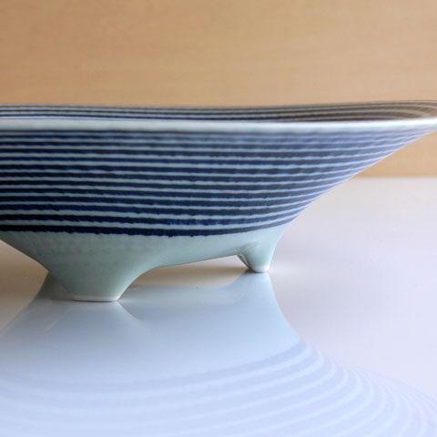 藍駒三つ足大鉢サイド画像