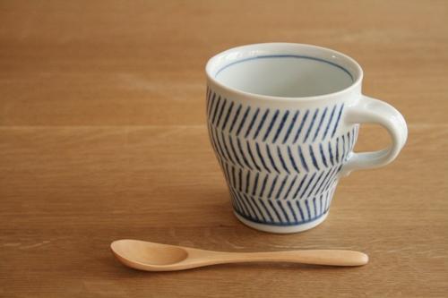 砥部焼・中田窯:刷毛目のマグカップ
