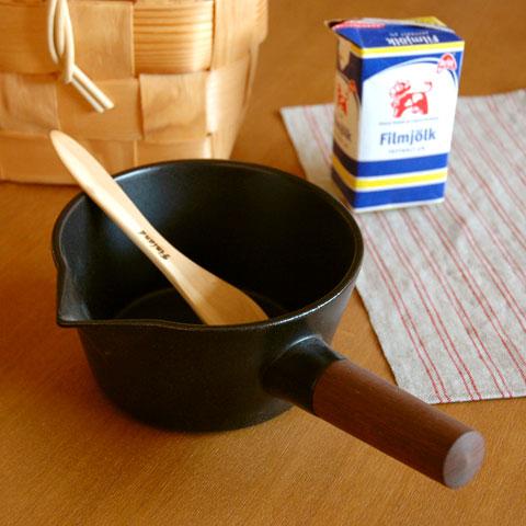 リコッタミルクパン黒