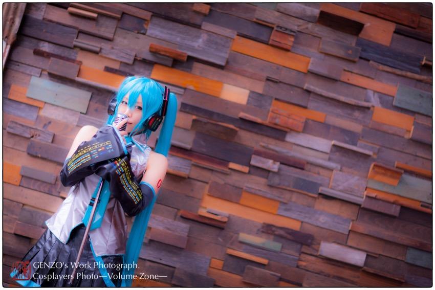 Miku_Hatsune-8.jpg