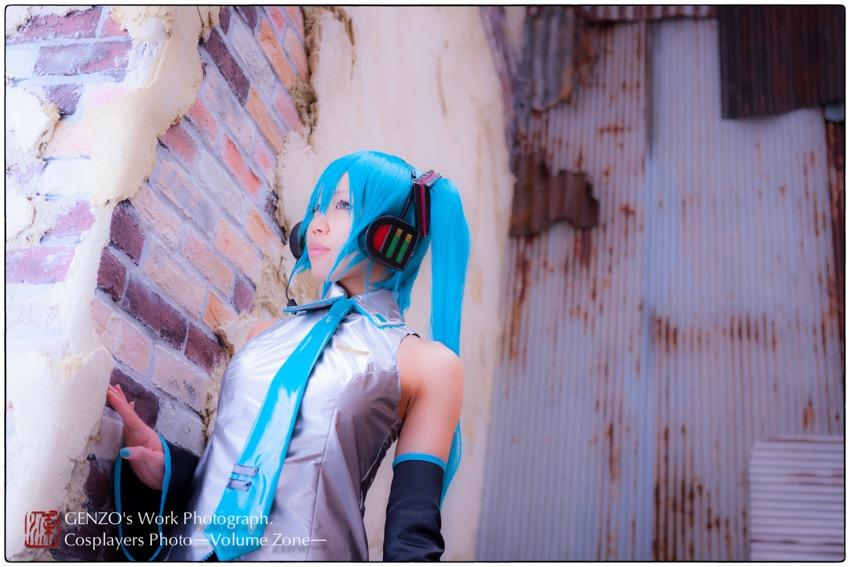 Miku_Hatsune-23.jpg