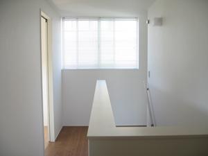 新居-完成立会い01