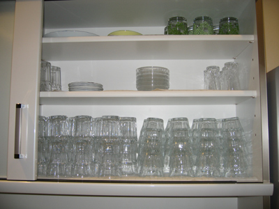 食器棚グラス