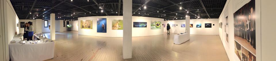 展示会場 横浜赤レンガ倉庫  第3回ネイチャーズベストフォトグラフィージャパン展