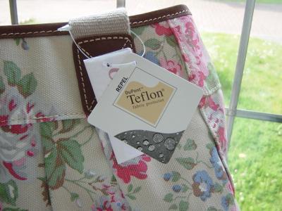キャスキッドソン プリーツハンドバッグ チズウィックフラワー Cath Kidston Pleated Handbag Chiswick Flowers