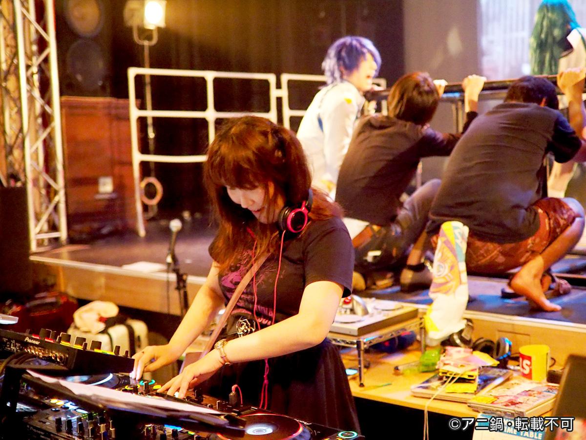 DJ01.jpg