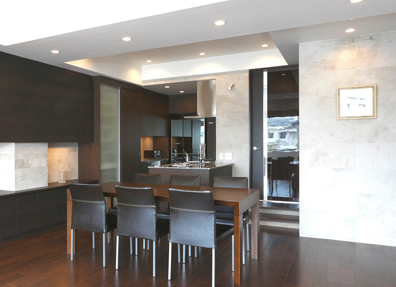 Y邸RC造住宅2階部分スケルトンリフォーム
