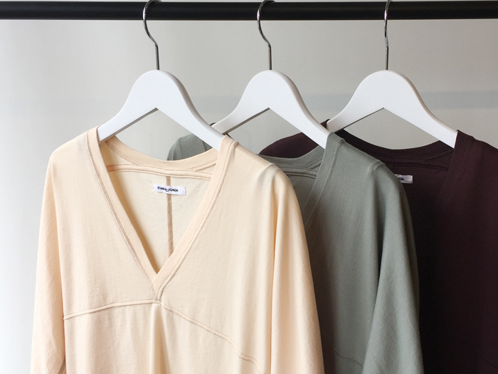 FUMIKA_UCHIDA/V-NECK THREE-QUARTER-SLEEVE TOP