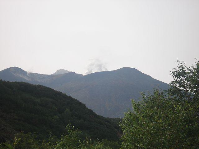 山が生きています
