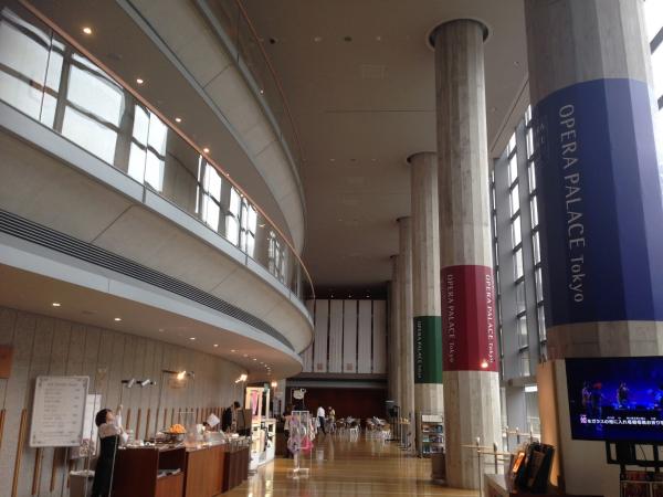 新国立劇場ホワイエ