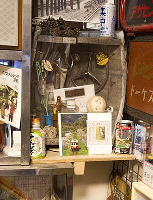 樽ビールで作った飾り棚