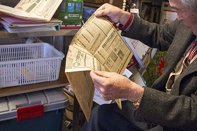 8トラックテープ新聞広告