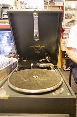 コロンビア社製 蓄音機