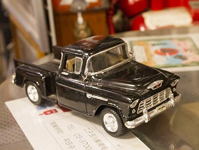 アメリカントラック ブリキのおもちゃ