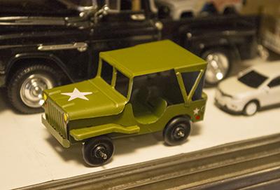 米軍ジープ ブリキのおもちゃ